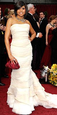 022209 hensonm 200x400 Baú de ideias: Modelos de vestido   Oscar 2009