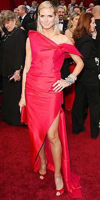 022209 hklum 200X400 Baú de ideias: Modelos de vestido   Oscar 2009
