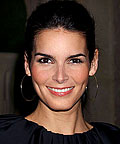 Angie Harmon, hair color