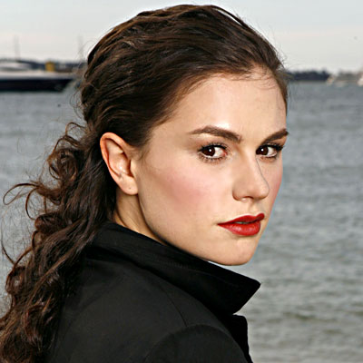 Anna Paquin - Transformation - Beauty