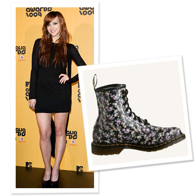 What's Right Now - Ashlee Simpson's Doc Martens Fashion Flashback