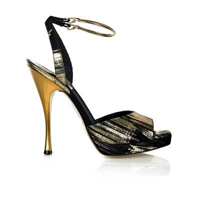 لصيف2012ازياء كورية تخليكي زي باربيصور احذيه بكعب عالي من تجميعي