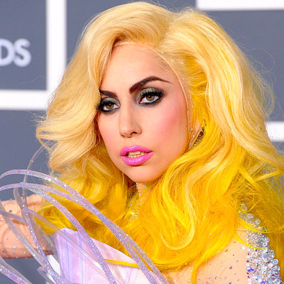 http://img2.timeinc.net/instyle/images/2010/GalxMonth/01/013110-lady-gaga-400.jpg
