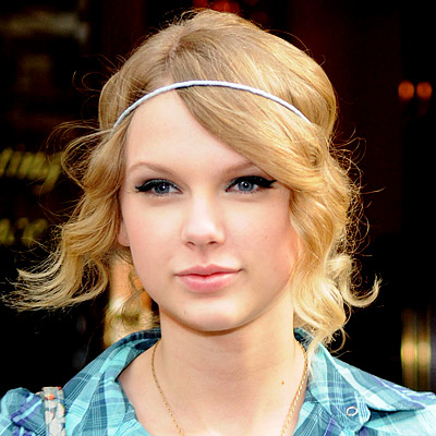 Taylor Swift Style on Easy Summer Hairstyles