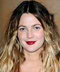 Drew Barrymore-lipstain-Going the Distance