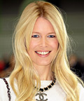 Claudia Schiffer-makeup-skin