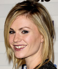 Anna Paquin-Scream Awards-lip gloss