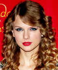 Taylor Swift-Madame Tussauds-lipstick