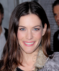 Liv Tyler - Dior Flagship Boutique - teeth