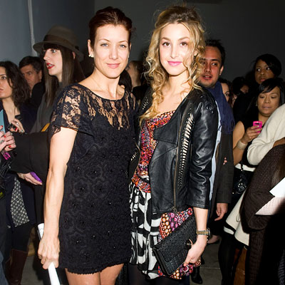 http://img2.timeinc.net/instyle/images/2010/fashionweek/021510-kate-walsh-400.jpg