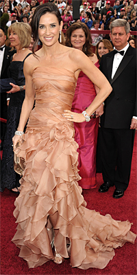 030710 demi moore 200 Oscars Red Carpet Style   2010