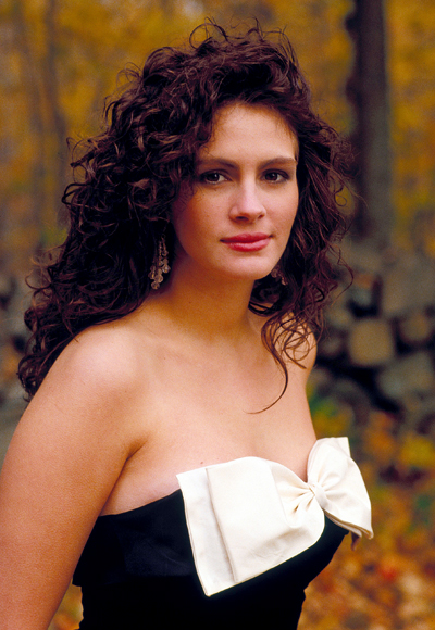 Mystic Pizza stars the very talented and gorgeous Julia Roberts and when I