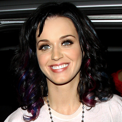 short black hair with highlights. Katy Perry-hair-pink-lue