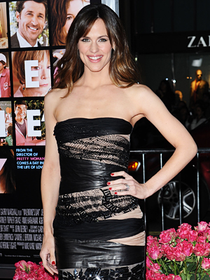 jennifer garner abs. 040510-jennifer-300.jpg
