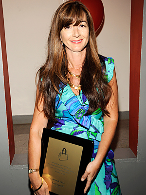 061710-handbag-awards-lead-300.jpg