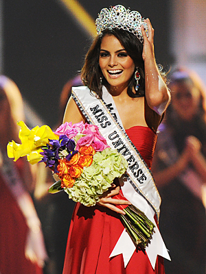082310-miss-universe-300.jpg