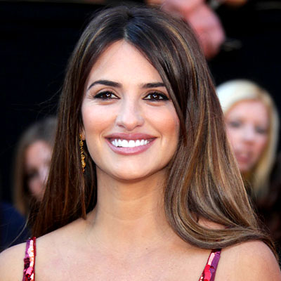Penelope Cruz – Best Hair and Makeup – Oscars 2011