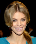 AnnaLynne McCord - People's Choice Awards - teeth