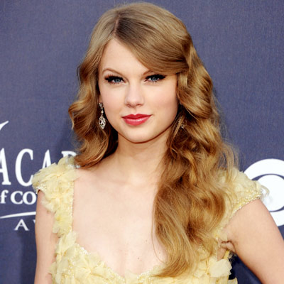 040411 Taylor 400 Shades to go with your hair