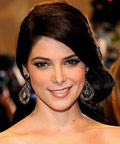 Ashley Greene - mascara - MET Ball - VanLeeuwen