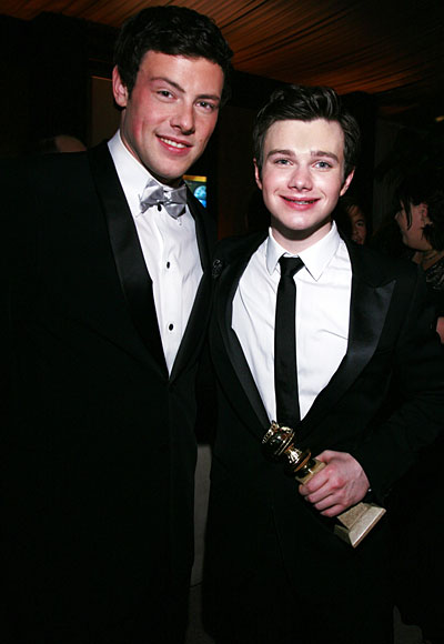 Chris wins a Golden Globe, 2011/01/16 011711-monteith-colfer-400