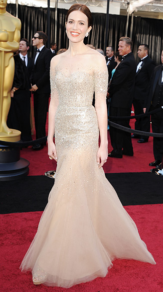 Mandy Moore - Monique Lhuillier - Oscars 2011 - Academy Awards