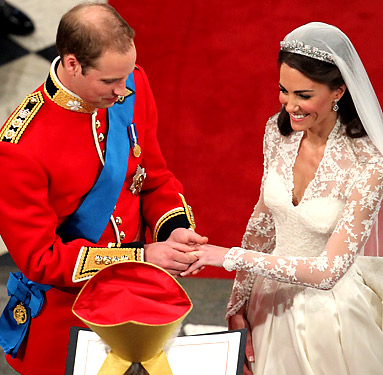 queen elizabeth ii wedding ring. Kate Middleton#39;s wedding ring