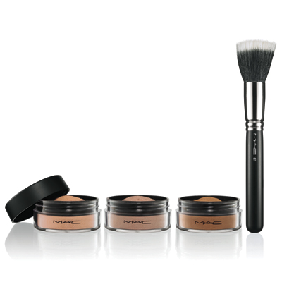 MAC Magically Cool Liquid Powder - Powder - Melt-Proof Makeup Must-Haves