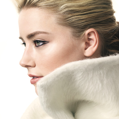 Amber Heard - Graphic Eyeliner - Open Edged