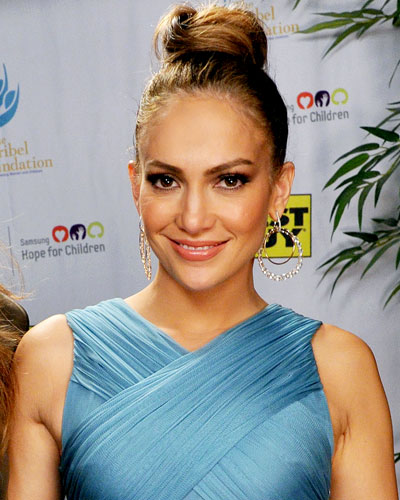 Jennifer Lopez's Soft Top Knot