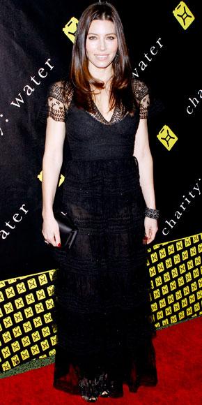 Jessica Biel in Valentino