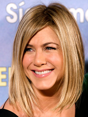 jennifer aniston new haircut pics. Jennifer Aniston