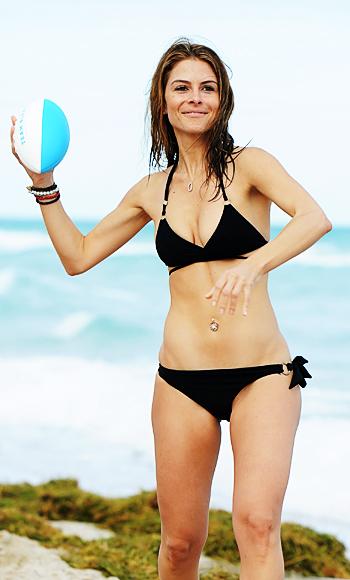 Maria Menounos Bikini Football