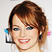 How To Wear Navy Eyeliner Like Emma Stone