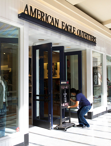 Black Friday, American Eagle Outfitters