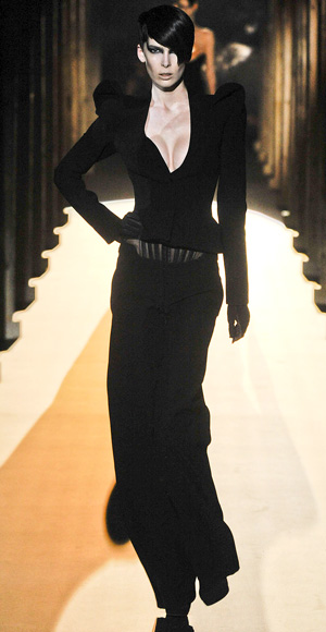 Thierry Mugler fall fashion show