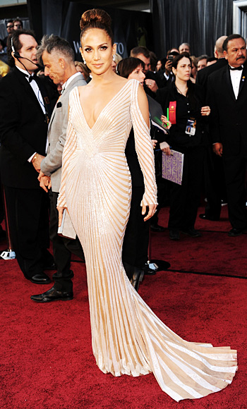Jennifer Lopez - Zuhair Murad - Oscars - Trends - Long Sleeves