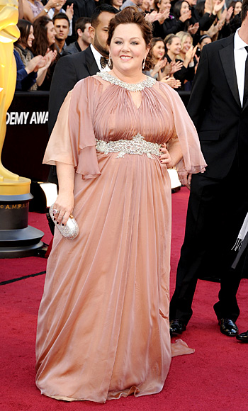 022612 melissa mccarthy 350 TBF is Live Blogging the Oscars Red Carpet!