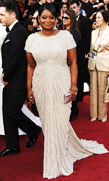 022612 octavia spencer 350 TBF is Live Blogging the Oscars Red Carpet!