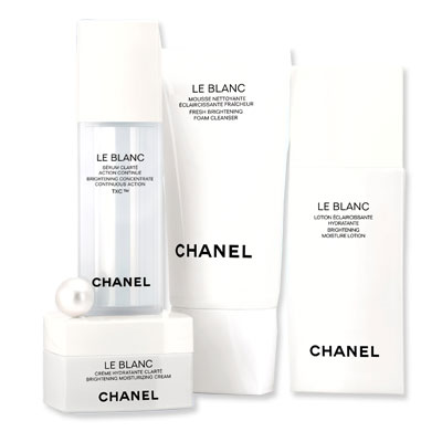 Look of the Day photo | Chanel Le Blanc Collection