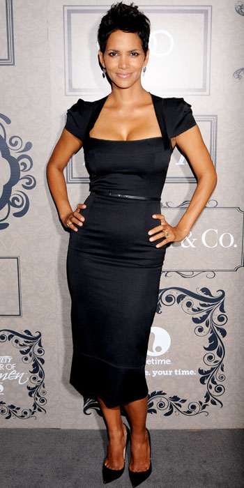 Halle Berry in Roland Mouret