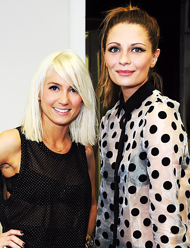 Taylor Jacobson and Mischa Barton