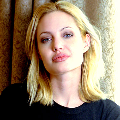 Angelina Jolie - Transformation