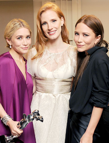 Ashley Olsen, Jessica Chastain, and Mary-Kate Olsen