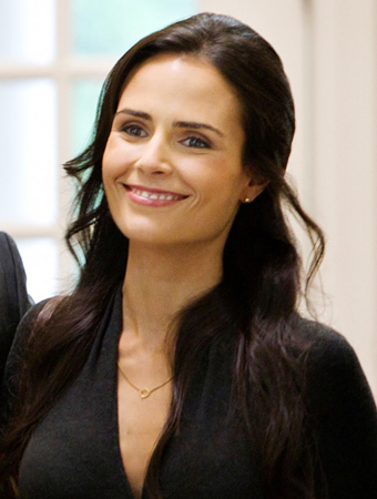 Jordana Brewster, Dallas