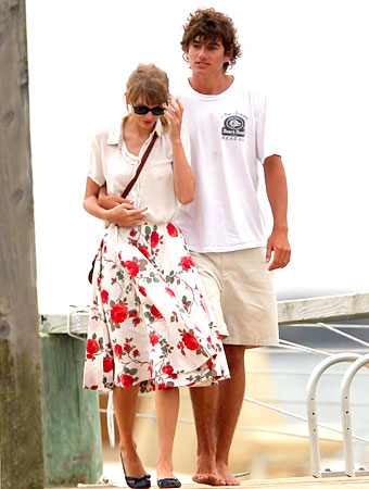 Taylor Swift BF