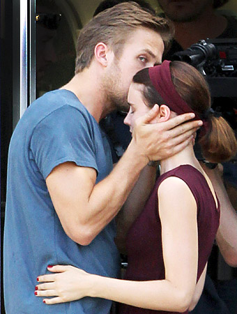 Ryan Gosling Rooney Mara kissing