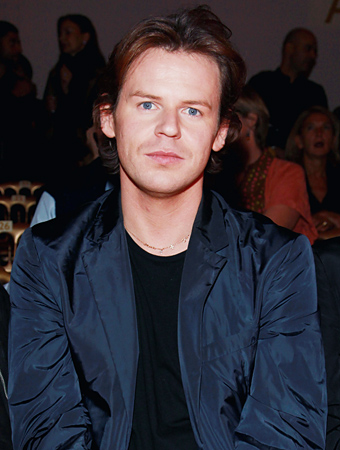 Christopher Kane Versus