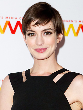 Anne-Hathaway-pixie