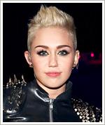 Miley Cyrus Makeup
